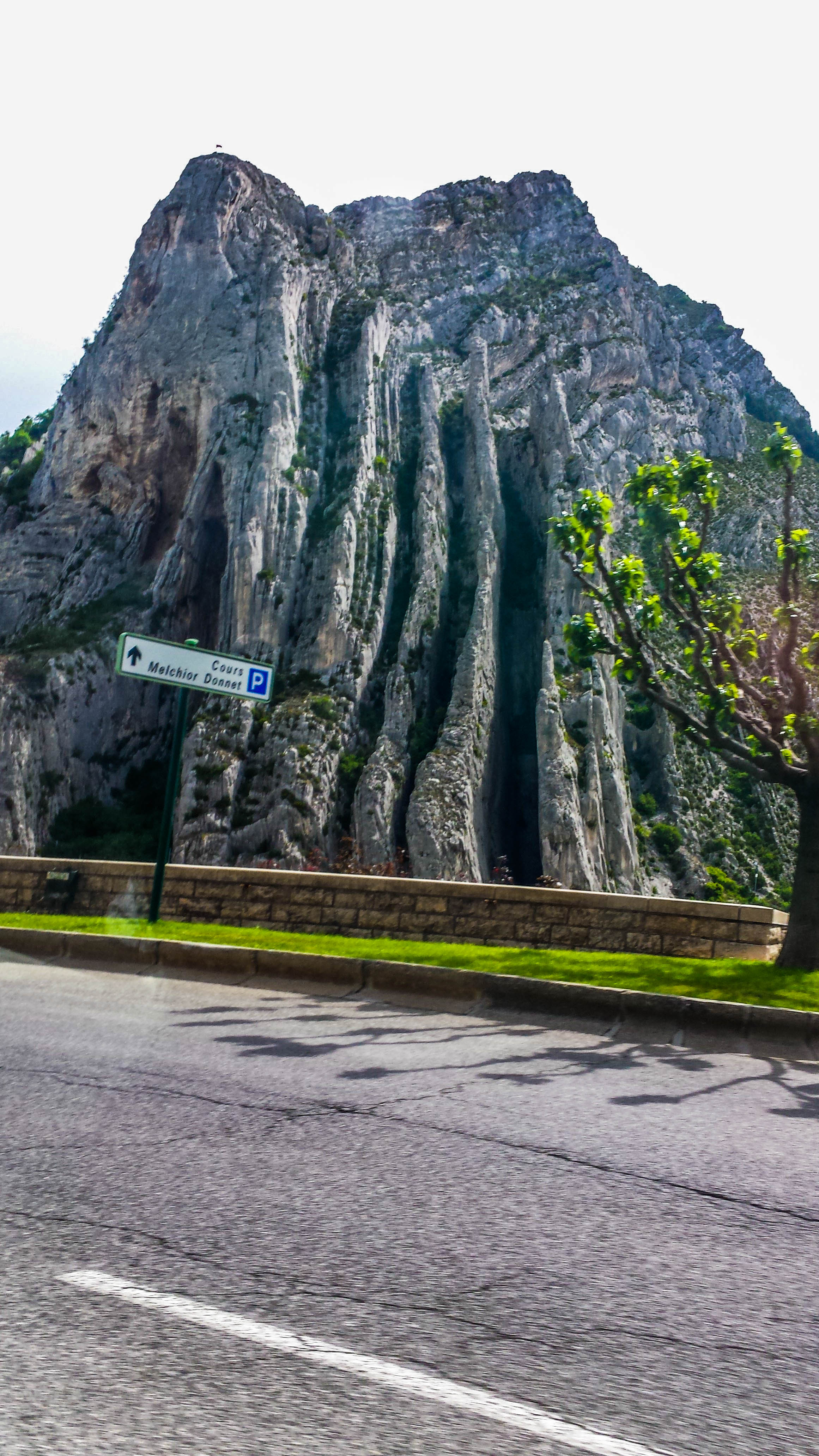 road-in-southern-france